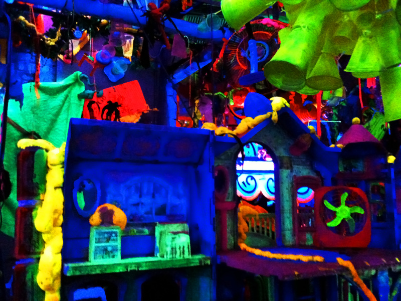 Psychedelic Dollhouse